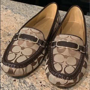 Coach signature canvas and patent leather loafers